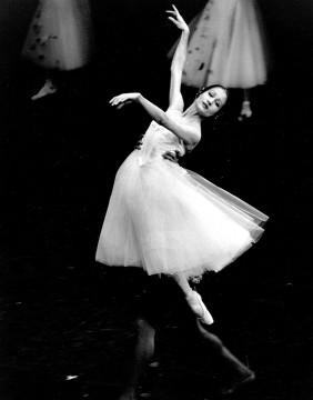 Dancer Andrea Boardman in Giselle in 1987
