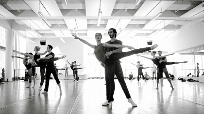 Myriam and Constantine rehearsing Uwe Scholz' 7th SYmphony Ballet