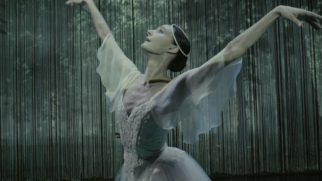 Our dancer Myriam Simon as Giselle