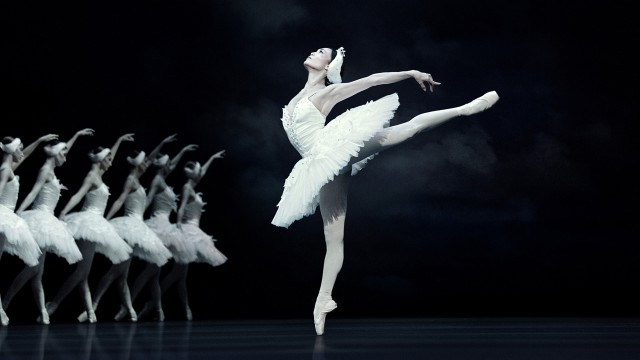 Portrait of dancer Yuka Ebihara for Swan Lake