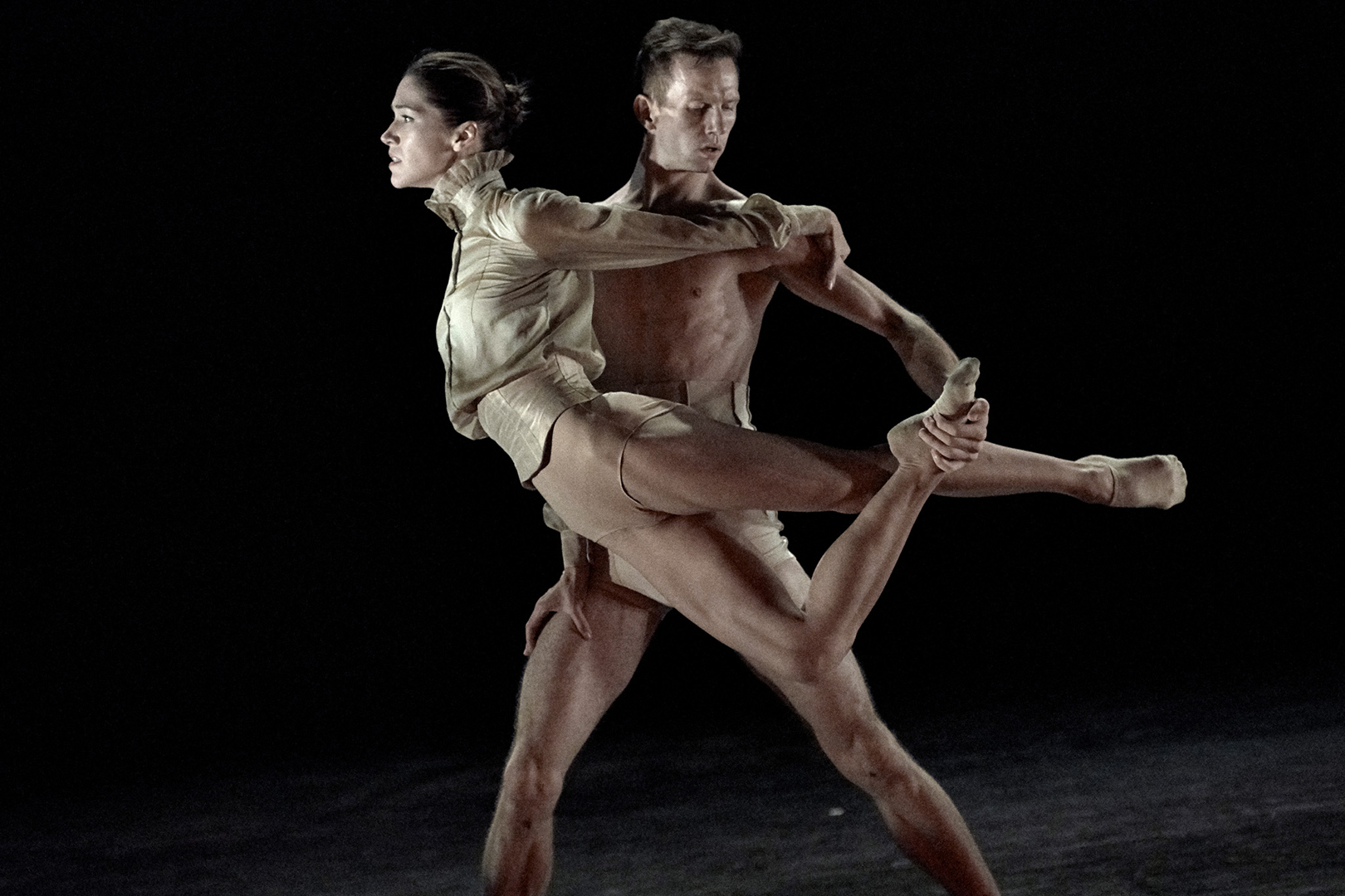 Dancers Dane Holland & Tetyana Martyanova in Spectres, Story of Lonely Souls